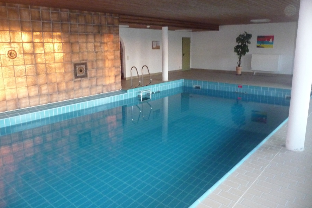 Ferienwohnung gipperich allg u oy mittelberg for Schwimmbad gegenstromanlage